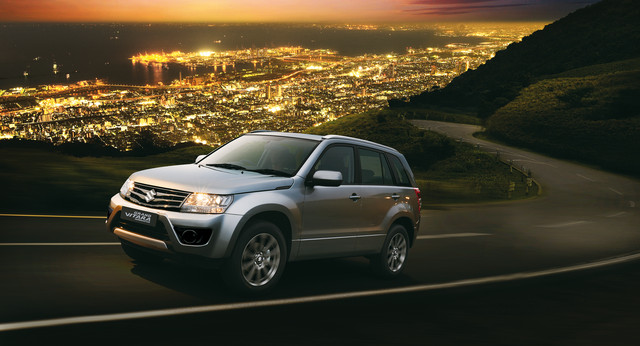 Suzuki Grand Vitara night view setting