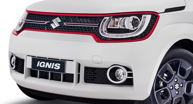 Colour Accented Front Grille - Red