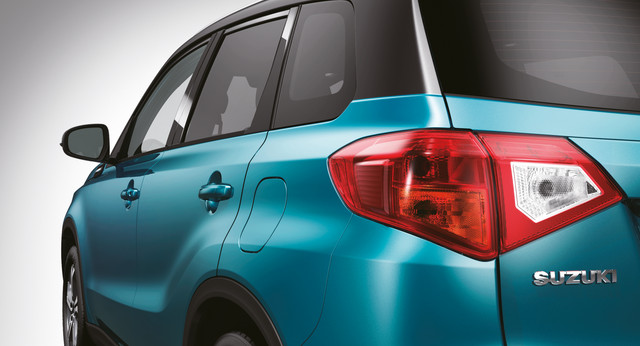 Suzuki Vitara Rear 3/4 Close Up